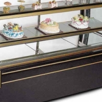 Curve cake fridge 1,5 m brand New for R 23950