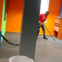 Skilled and proficient home carpet cleaning , commercial