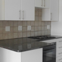 2 BED APARTMENT FOR SALE IN HONEYDEW GROVE