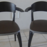 2x dINETTE CHAIRS AND 3 DRAWER PEDISTAL
