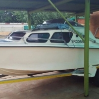 16 Ft Cabin Cruiser
