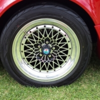 "WANTED : 15"" Alfa Romeo/Compomotive CX Mag Wheels"