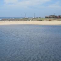 JUNE JULY HOLIDAYS - UVONGO 3 bedroom 2 bathroom flat 6 adults 2 children ST MICHAELS-ON-SEA