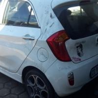 2012 Kia picanto stripping for spares
