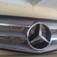 Mercedes Benz W204 main grill for sale