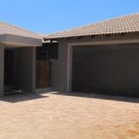 3 BEDROOM HOUSE FOR SALE IN LANGEBAAN COUNTRY ESTATE