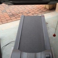 Electronic exercise treadmill