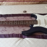 Cort G200 electric guitar for sale