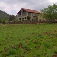 Cynthias Country House & Chalets