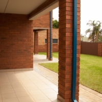 start the winter season in style, rent a 2bed with a Balcony for R5000