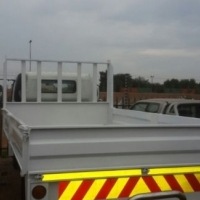 2009 Toyota Dyna 5ton dropside truck for sale in excellent condition!