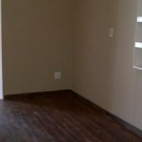 2 Bedroom Duplex House for rent in New Modder, Benoni