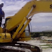 EXCAVATOR OPRATORS WANTED URGENTLY CALL : 078 956 4048