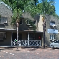 Room to rent in 2 bedroom flat in the Die Werf complex - male only