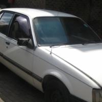 White Opel Commodore