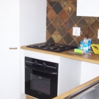 1 Bedroom secure unit to rent