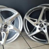 19 inch 458 Wheels , 5/112 , et45. Perfect fir GTI