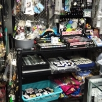 shop display stands, small shop counters,metal display jewelry stands,
