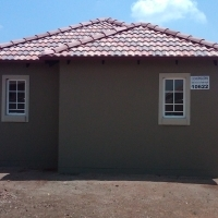 3 bedroom Tuscan style house on sale at Glenway estate