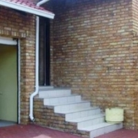 STUNNING FREE STANDING HOUSE FOR SALE R1,130,000