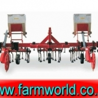 S440 New BPI 7 Unit 6 Row Intergral Cultivator With 3 Fertilizer Bins / 7 Eenheid 6 Ry Tussenry