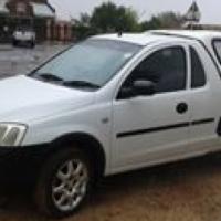 Opel corsa 1.8i ac p cl en towbar te koop