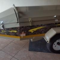 Camp Master Roadster 310