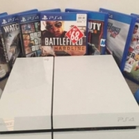 playstation 4 (ps4) 500gb + 4 nice games and 2 controllers
