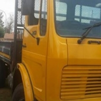 Mercedes 8 ton truck