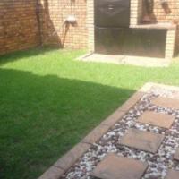 2 Bedroom Townhouse to Let in Dorandia Pretoria North
