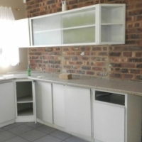 Immediately Available 2 Bedroom Flat Booysens (Close to Sol-Tech College)