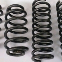 1999 - 2004 Jeep Grand Cherokee Springs