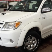 2007 Toyota Hilux 3.0 D-4D D/C 4X4 Raider with 205000Km's,Full Service History