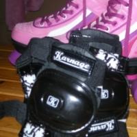 Once used size 1 girls roller skates
