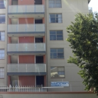 Bachelor Apartment walking distance from TUKS