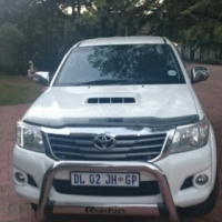 Toyota hilux double cab, late 2012 model, leather seats,