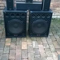 2 packtech groot speakers 4 sansui speakers te koop
