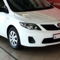 Toyota Corolla 1.6 Quest. AT