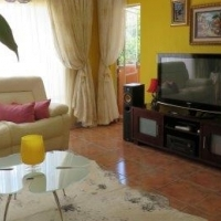 Large Neat 3 Bedroom 2 Bathroom Townhouse for Rent