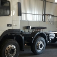 2007 chassis cab twinsteer volvo 340