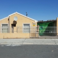 3 Bedroom House for sale in Strandfontein