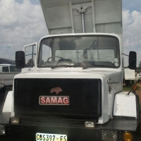SAMAG 10 CUBE TIPPER TRUCK FITTED WITH 407 ADE MANUAL TRANSMISSION