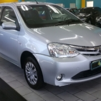 Toyota Etios 1.5 XS - Silver