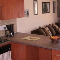 2 bed starter or investment unit in Pebble Falls