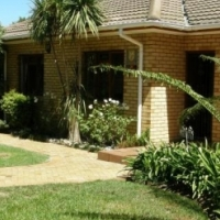 4 BEDROOM HOUSE FOR SALE IN STRAND