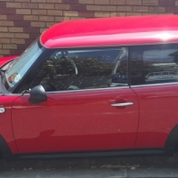 2011 Mini Cooper One, ONLY 33 000km!!!!