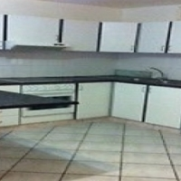 Glenwood,Large 1 Bed,Open Plan Large Lounge, Budget Accom,R1450ea excl lights,sharing,no own rooms
