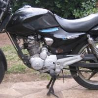 Honda E-Storm 125cc Road Bike - R9,000