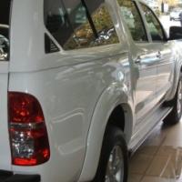 Toyota hi lux 2.8 diesel manual 4x4