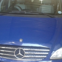 2006 Mercedes Benz 2.2 CDI VIANO for sale 228 000 Kms Mags, needs wheel bearings in front, 1 sunroo